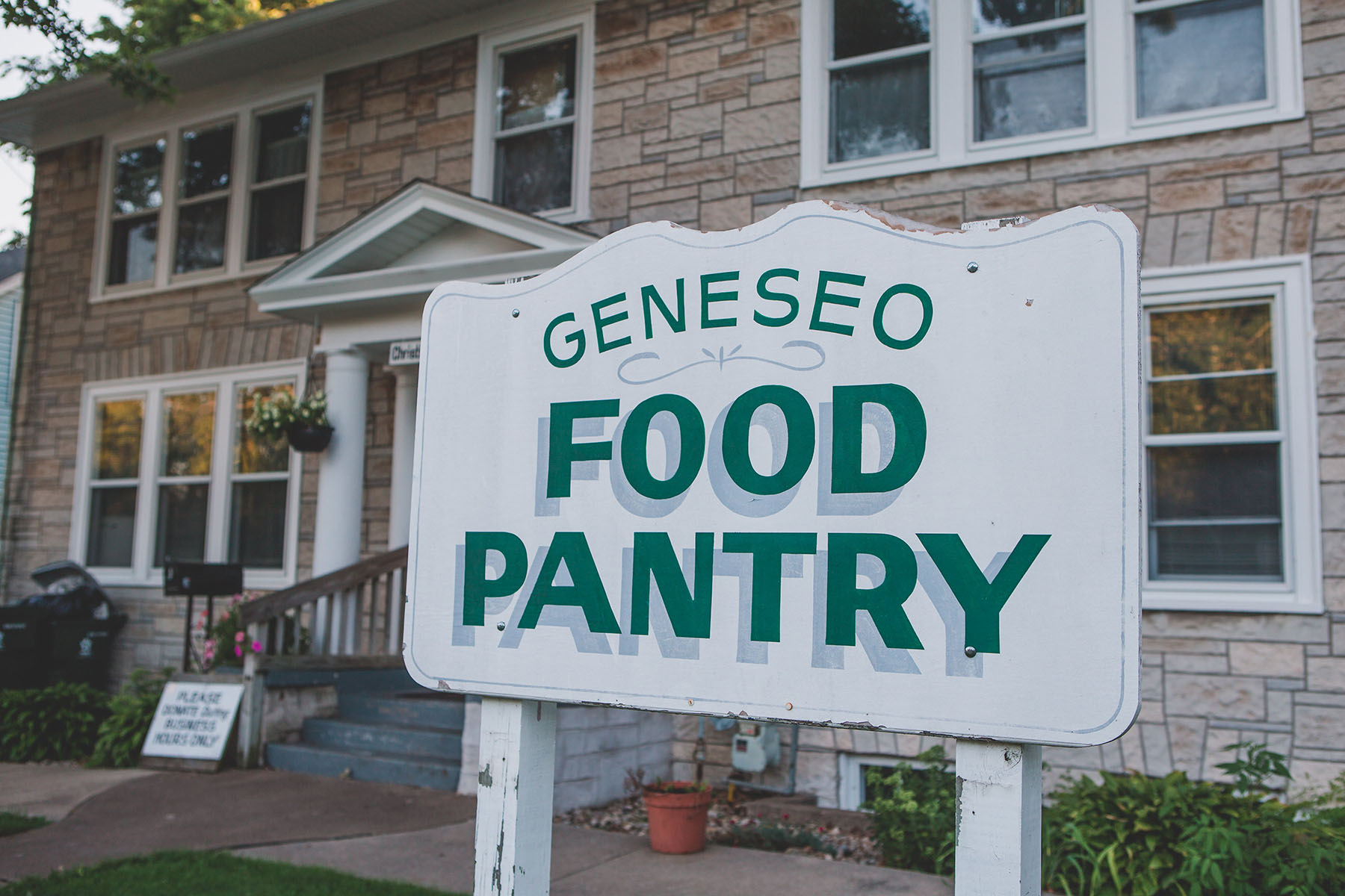 The Christian mission of the Geneseo Food Pantry is to provide food, clothing and short-term emergency assistance for families and individuals residing in the Geneseo area.