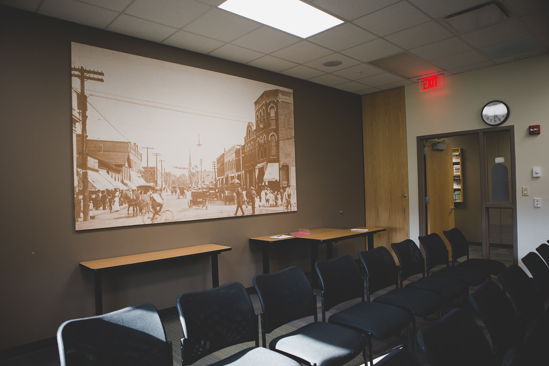 Geneseo Foundation Meeting Room.