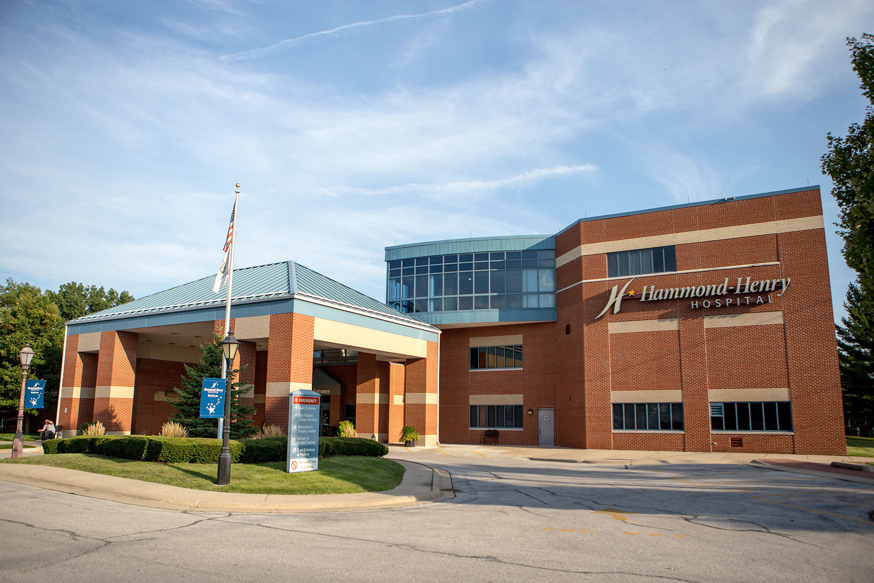 The Hammond-Henry Hospital has provided care to Geneseo and the surrounding communities since 1901. The Geneseo Foundation has been a long time supporter of Hammond Henry Hospital.
