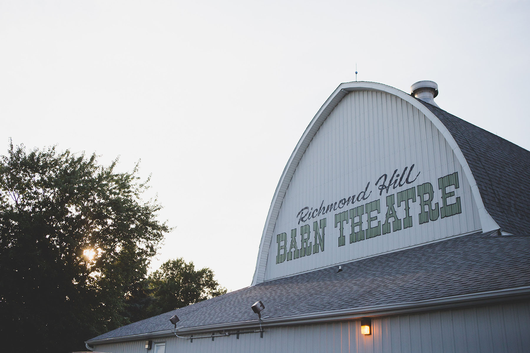 The Richmond Hill Barn Theatre has been the home stage of the Richmond Hill Players since 1968. This renovated Barn now seats 165 audience members in a rare and unique in-the-round environment beneath the original, rustic timbers.